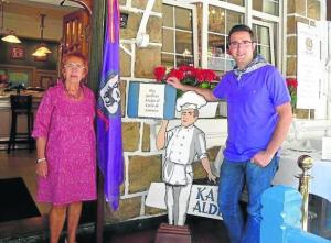 Gastronom a santurtzi historian zehar for Puertas zaitegui